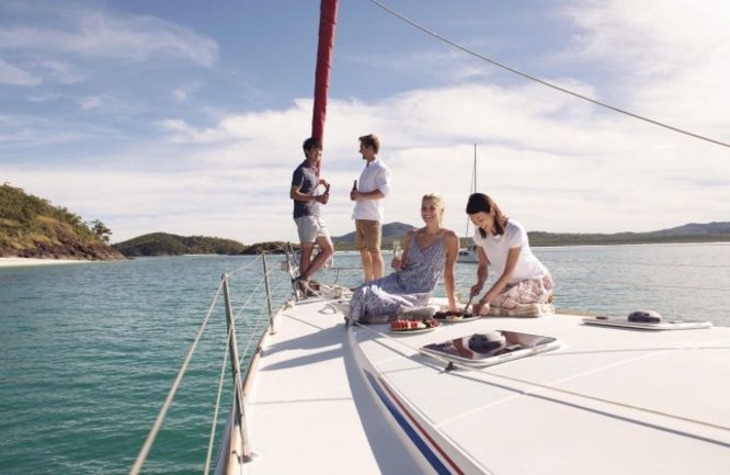 Sail the Whitsundays, Queensland