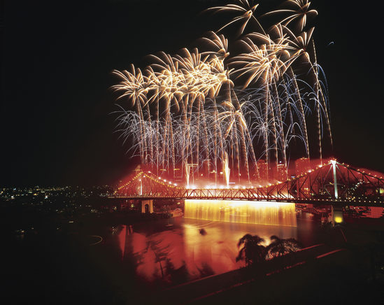 Fireworks over Story Bridge, Riverfestival