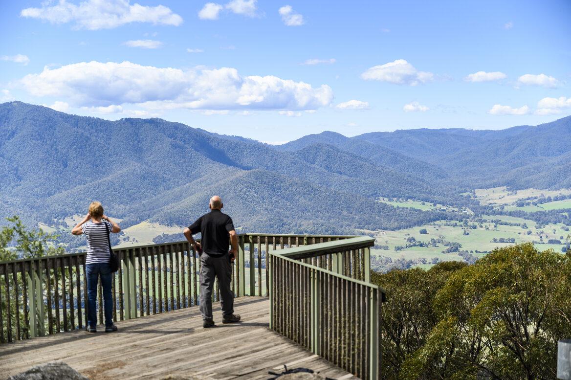 Tawonga Gap lookout