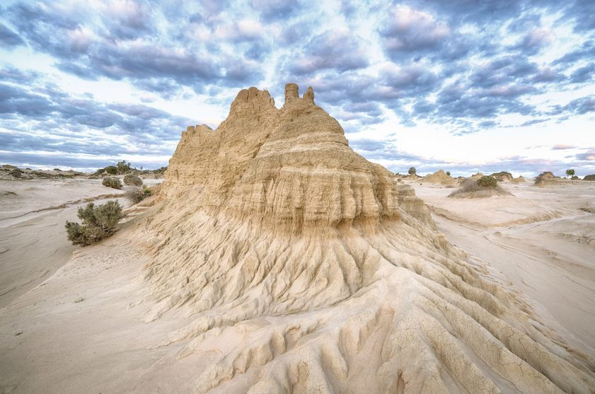 Walls of China, Mungo National Park. Credit Destination NSW b