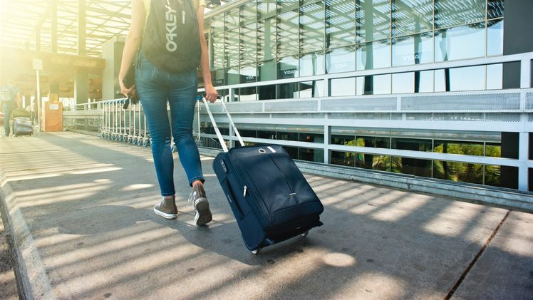 Helpful tips for travelling with luggage