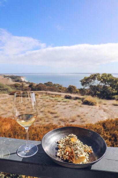 Sunset Food & Wine in Kargaroo Island. Image Elise Cook