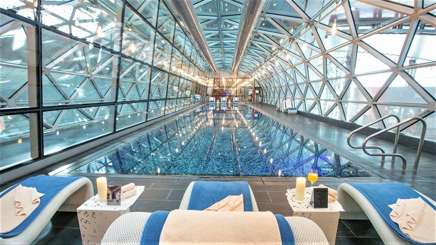 The swimming pool at Doha Airport. Credit: Oryx Airport Hotel Doha.