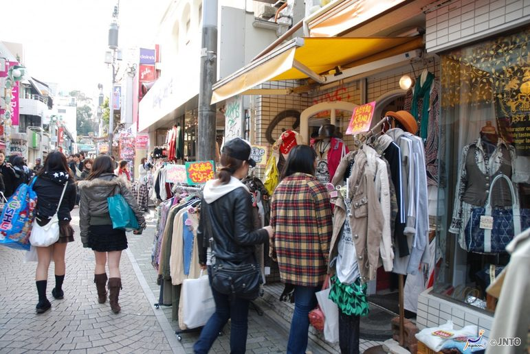 Shopping in Harajuku. Credit: JNTO.