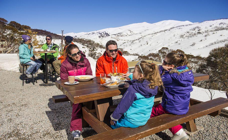 (Guthega Alpine Inn, Snowy Mountains. Image credit: Destination NSW)