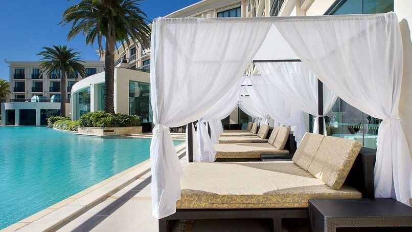 Poolside at Palazzo Versace, Gold Coast. Credit: Palazzo Versace.