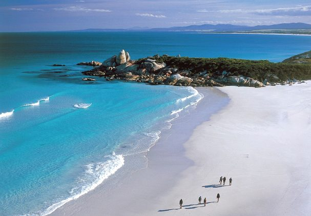 Great Walks of Australia, Bay of Fires Lodge Walk. Image credit: Bay of Fires)
