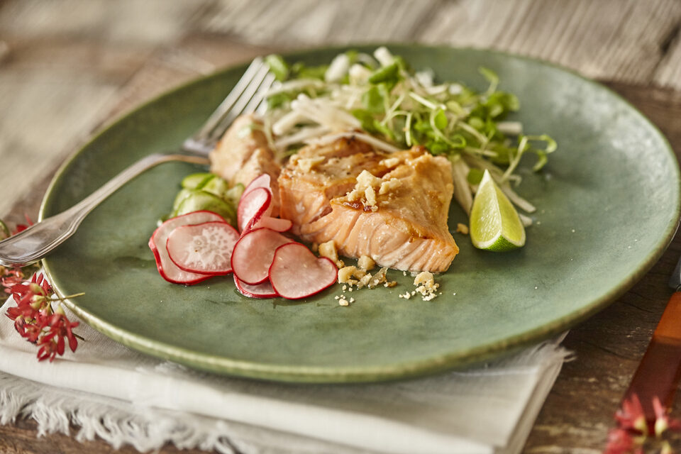 Macadamia and miso glazed salmon with pickles, salad and vegan mayonnaise
