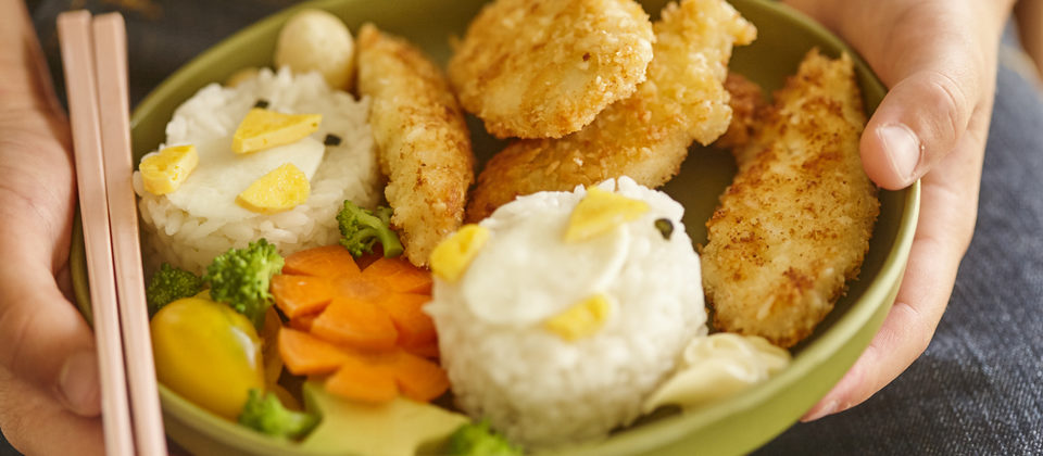 Children's sushi bowls with panko macadamia chicken strips