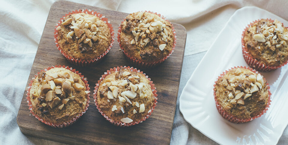 Whole wheat banana honey macadamia muffins