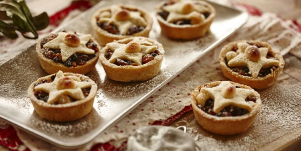 Macadamia and fruit mince Christmas tarts