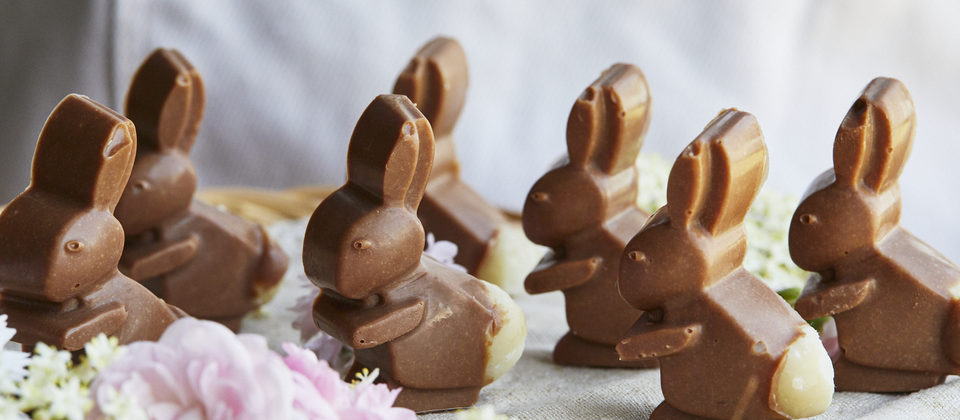 Macadamia and carob Easter bunnies