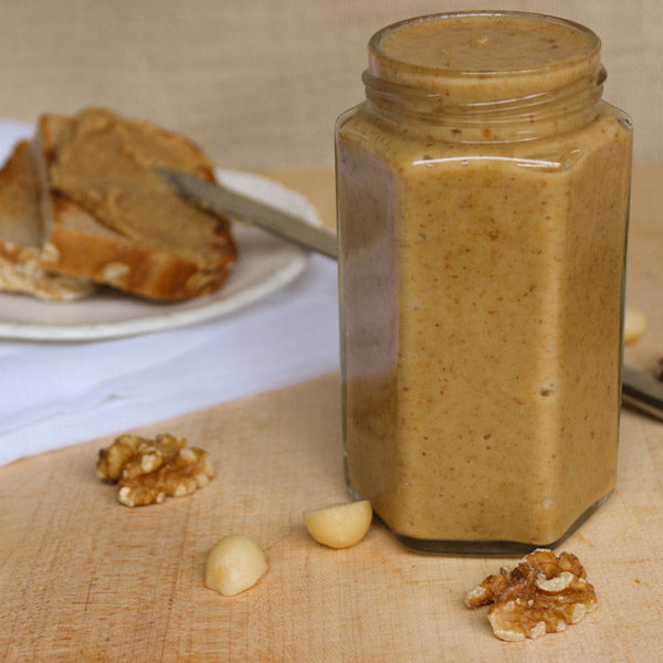 Roasted Macadamia, Walnut and Maple Butter from alessirritablelife.com