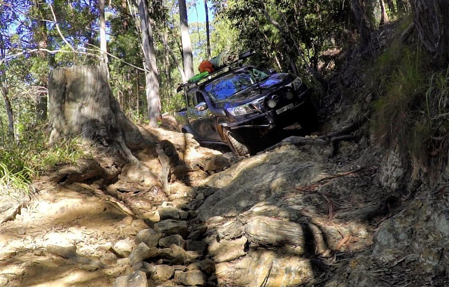 4WD tackles a tricky corner in the Yuraygir National Park